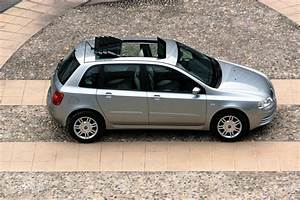 Fiat Stilo 2002 : fiat stilo 5 doors 2001 2002 2003 2004 2005 2006 autoevolution ~ Gottalentnigeria.com Avis de Voitures
