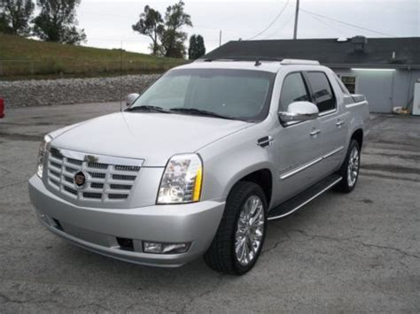 auto air conditioning service 2011 cadillac escalade ext electronic toll collection sell used 2011 cadillac escalade ext v8 awd navigation radio sunroof heated ac seats in