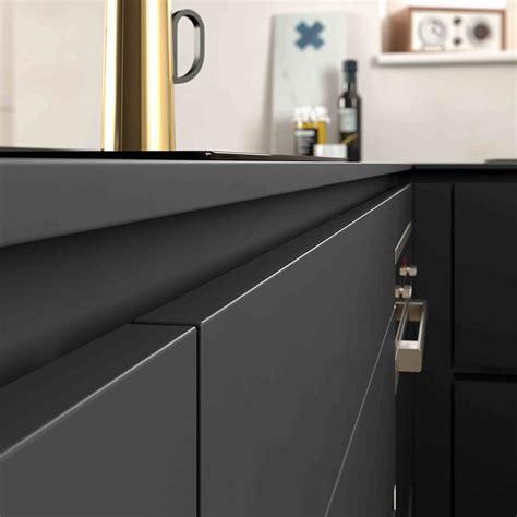 25 best ideas about cuisine noir mat on noir mat compact and plan de travail