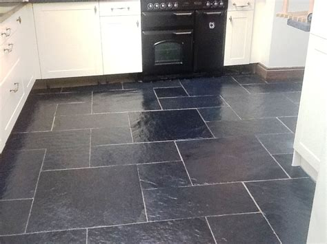 kitchen floors tile black slate floor tiles kitchen tile design ideas 1728