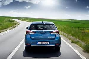 Fiabilité Toyota Auris Hybride : toyota auris hsd 2015 prix et caract ristiques de l 39 auris hybride photo 12 l 39 argus ~ Gottalentnigeria.com Avis de Voitures