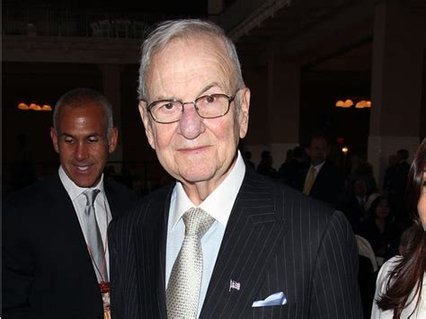 lee iacoccas life  career  pictures biography