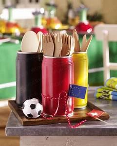 Rezepte Für Geburtstagsfeier : fussball party bestellhalter f r s buffet aus dosen in den nationalfarben fussballparty ~ Frokenaadalensverden.com Haus und Dekorationen