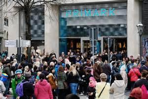 Shoppen In Leipzig : primark leipzig 10 fakten zum neuen textil discounter mitteldeutsche zeitung ~ Markanthonyermac.com Haus und Dekorationen