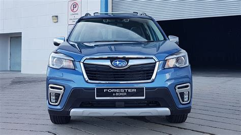 subaru forester  boxer review price