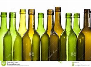 Bouteille En Verre Vide : bouteilles de vin en verre vides photo stock image 43066710 ~ Teatrodelosmanantiales.com Idées de Décoration