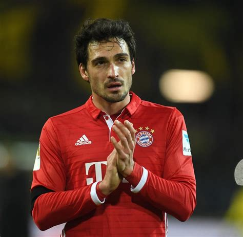 I'am bayern hummels is a hg player from bayern his fav is bayern but he dont want to join me i'v praised him and done everything possiball b ut he dont want to come any ideas? sweet baby (With images) | Mats hummels, Bayern munich