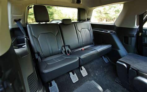 comparison ford expedition platinum   seat