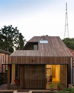 Cutaway Roof House By Scale Architecture Has A Courtyard