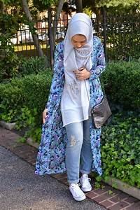 Hijabi fashion ibtihaj muhammad louella shop maxi cardigan boyfriend jeans chuck taylors ...
