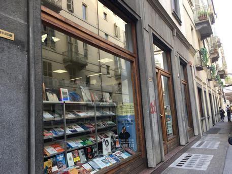 libreria comunardi torino torino chiude storica libreria comunardi piemonte ansa it
