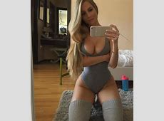Amanda Lee will squat into your dreams theCHIVE