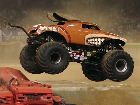 monster truck videos for my favotite monster trucks mark traffic