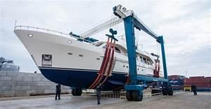 Azur Luxury Motors : moonen shipyards complete refit of moonen 84 motor yacht etoile d azur yacht charter ~ Medecine-chirurgie-esthetiques.com Avis de Voitures