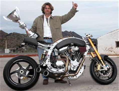 Spanish Custom Motorcycle Scene At Cyril Huze Post