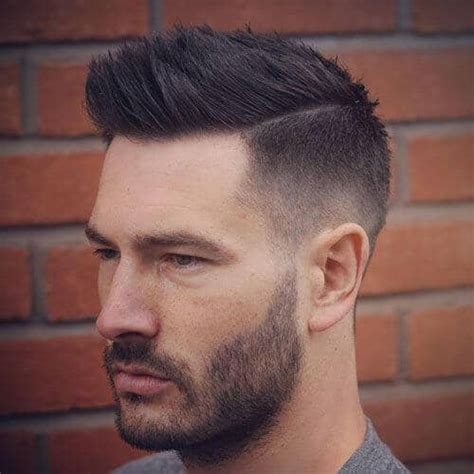 Light Fade by 25 Stylish Hairstyle Ideas That You Must Try