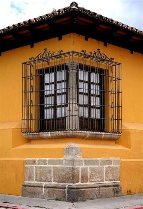 conozcamos este hogar mexicano  su diseno vibrante