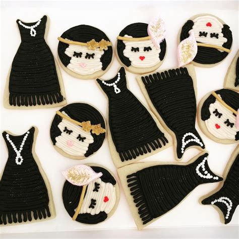 flapper buttercream cookie  images gatsby