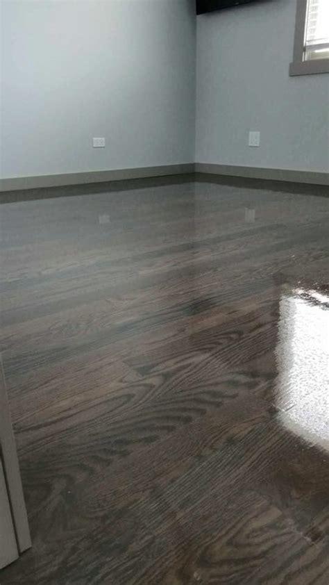 brown  gray floor stain  bona chicago tom peter