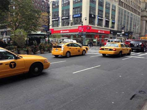 Nyc Yellow Cab, Green Cab, Limo Town Car, Uber, Lyft Taxi