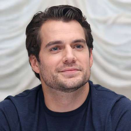 Henry Cavill Wife - Superman, Instagram, Movies, Height ...