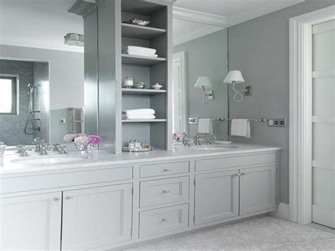 Gray And White Bathroom Ideas by White And Grey Bathroom Design Ideas