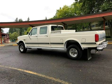 ford    crew cab dr long bed manual  speed