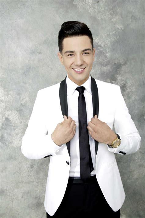 facebook  regional mexican singer luis coronel