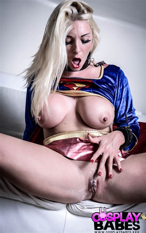 Cosplaybabes Girls Who Live Out Their Fantasies