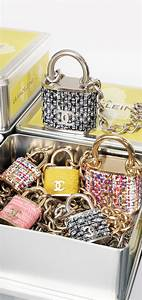 Lookandlovewithlolo  Chanel Accessories Fall  Winter 2014