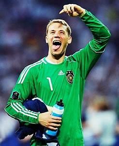 Funny Manuel Neuer   Manuel Neuer   Pinterest   Funny ...
