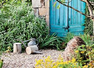 Amenager Un Petit Jardin Sans Pelouse : 4 astuces pour un beau jardin sans entretien d tente jardin ~ Melissatoandfro.com Idées de Décoration