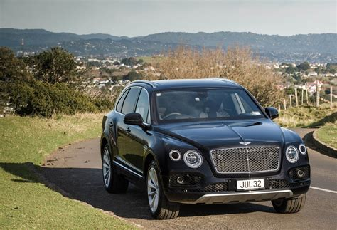 bentley jeep bentley 39 s bentayga is not your usual suv road tests driven