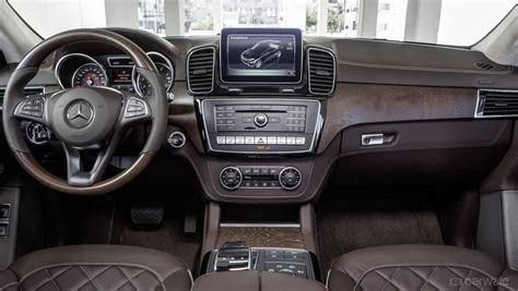 Visit cars.com and get the latest information, as well as detailed specs and features. Mercedes Benz GLE Class Interior Image, Mercedes-Benz GLE Photo - CarWale