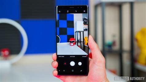 use this galaxy note 8 mod to unlock some pro recording features