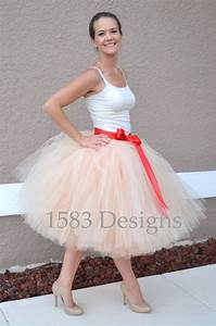 Tuto Tutu Tulle : 17 best ideas about tutu skirts for adults on pinterest diy tulle skirt tutus for adults and ~ Melissatoandfro.com Idées de Décoration