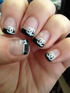 Ongles Pinterest : ongle chanel ongles en folies pinterest ongles chanel chanel et ongles ~ Melissatoandfro.com Idées de Décoration