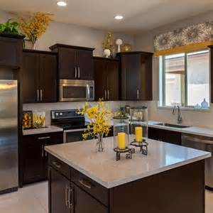 yellow and brown kitchen ideas 25 best ideas about yellow kitchen decor on