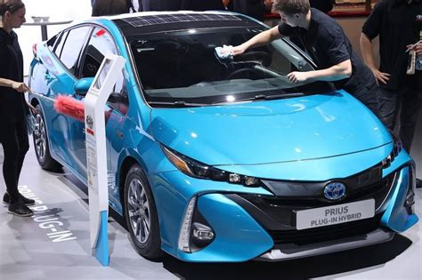 Fully Electric Cars On The Market by Why Switching To Fully Electric Cars Will Take Time News