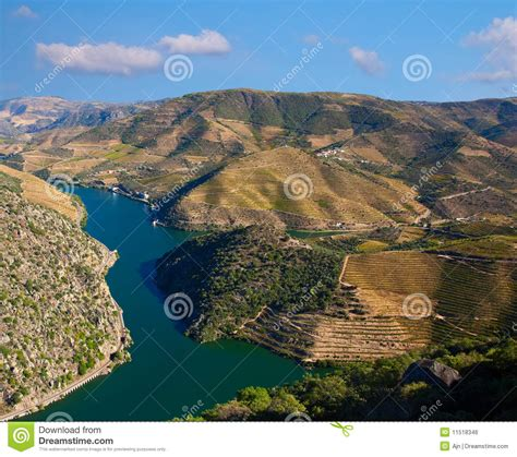 Fluss In Portugal by Douro Fluss Lizenzfreies Stockbild Bild 11518346