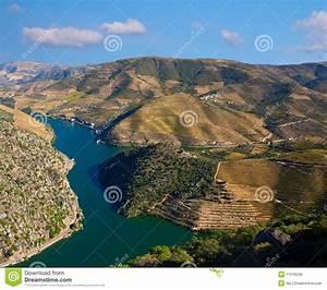 Fluss In Portugal : douro fluss lizenzfreies stockbild bild 11518346 ~ Frokenaadalensverden.com Haus und Dekorationen