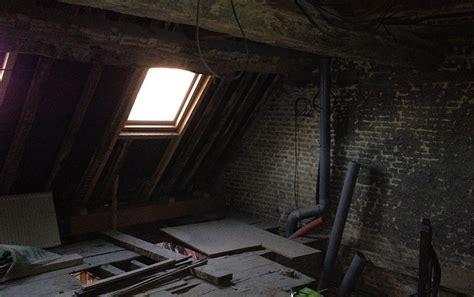 appartement sous combles comment cr 233 er une chambre ou une salle de bain viving