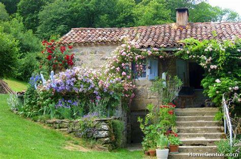 55+ Beautiful French Cottage Garden Design Ideas