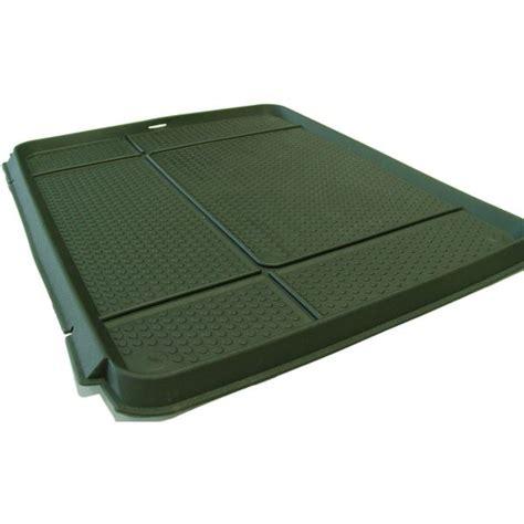tapis de coffre pvc kaki 50x60 cm feu vert