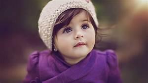 Cute Baby Photos With A Smile - PicsBroker.com