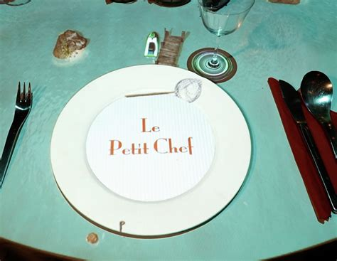 le petit chef cuisine bringing visual mapping to the restaurant table with le