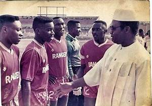 Jay Jay Saarbrücken : throw back picture of jay jay okocha as enugu rangers player sports nigeria ~ Orissabook.com Haus und Dekorationen