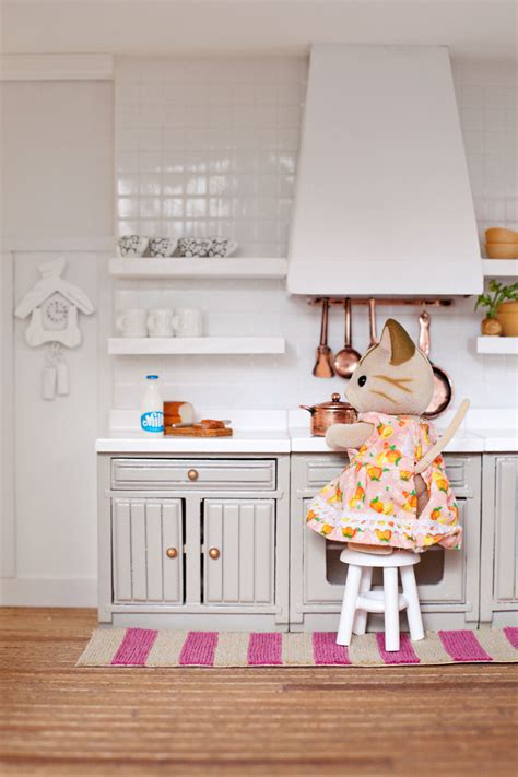 Dollhouse Furniture Kitchen Excellent Find This Pin And