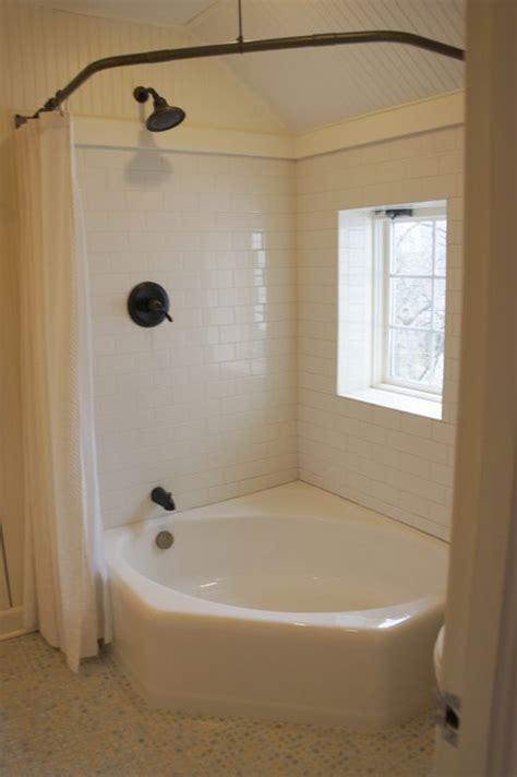 Tubs And Showers For Small Bathrooms by Corner Tub Corner Tub With Shower Curtain The