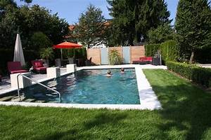 Gartengestaltung Mit Pool : biotop stilvoller pool innerhalb einer wohldurchdachten ~ A.2002-acura-tl-radio.info Haus und Dekorationen